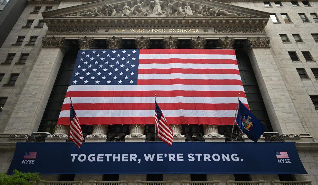Vrees voor lockdowns zet Wall Street lager