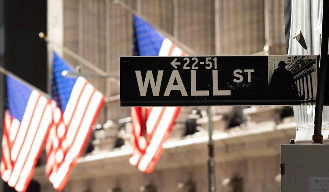 Techaandelen en coronasteunvrees zetten Wall Street lager