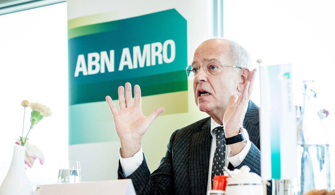 'OM bekijkt rol bestuur Gerrit Zalm in witwaszaak ABN Amro'