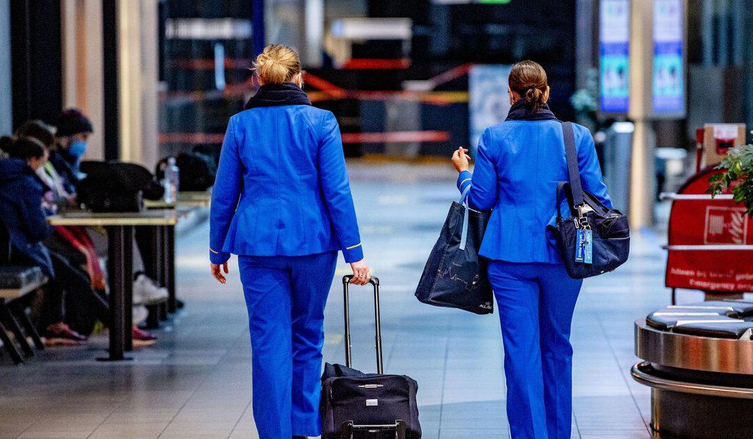 KLM-personeel bij vertrek en aankomst in Nederland getest