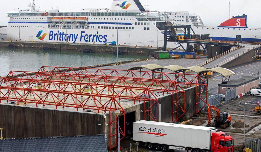 Minder strenge coronaregels voor truckers vanuit Groot-Brittannië