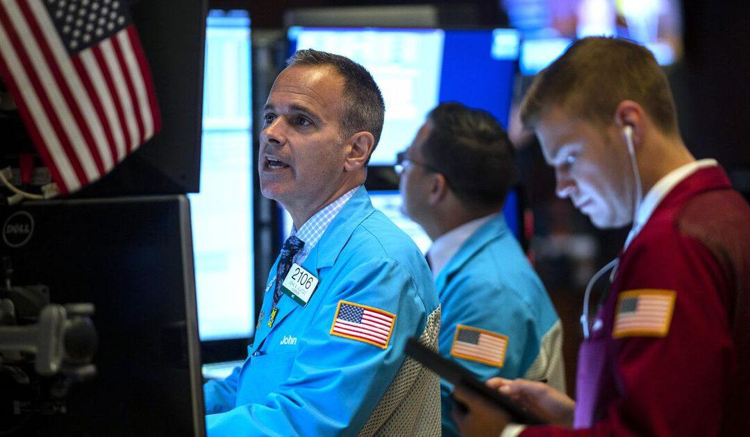 Wall Street kabbelt week uit; Deere boert zeer goed