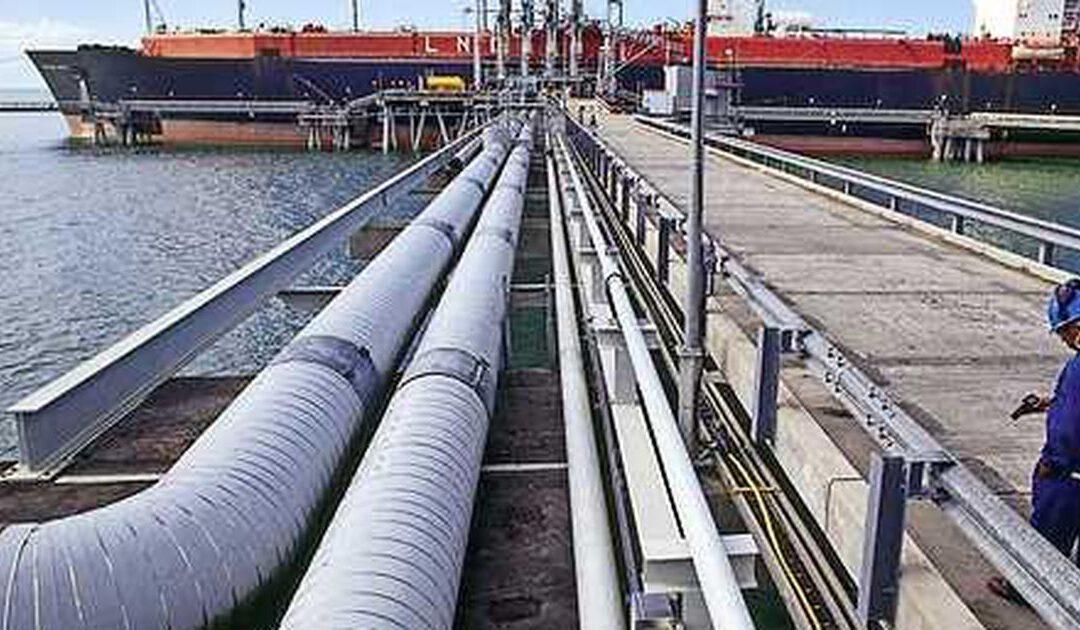 Egyptische miljardair komt met ammoniak in vaarwater Shell