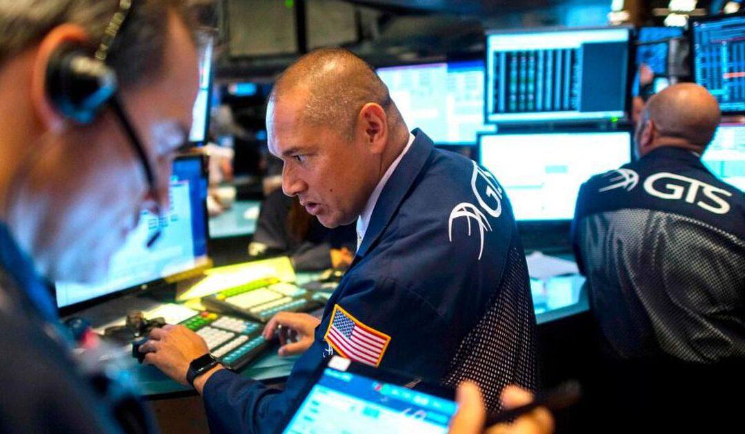 Dow sluit 450 punten hoger