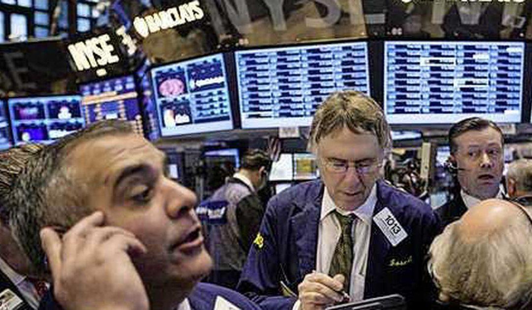 Dow Jones stijgt 300 punten en pakt record