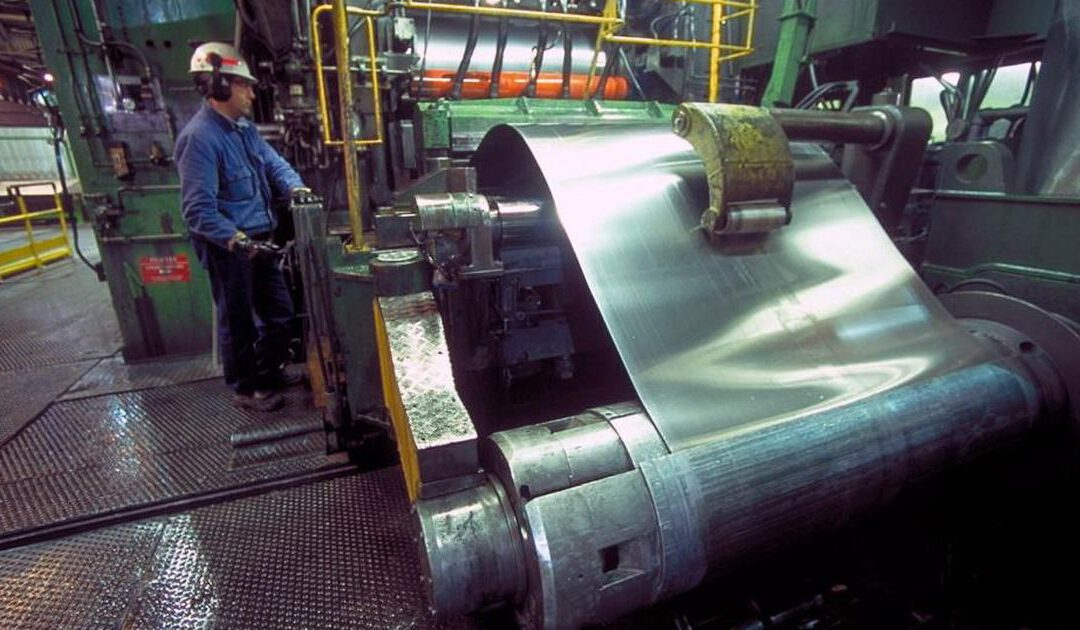 Aluminiumwalser Alcoa verrast met winst dankzij groei orders