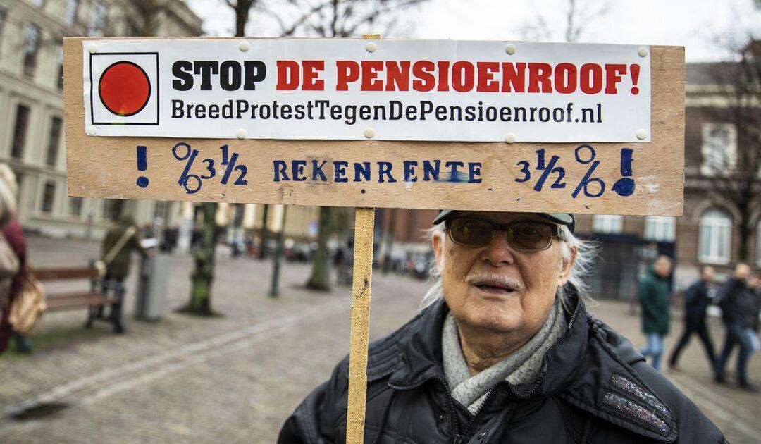 Pensioenfonds leraren en agenten betaalt €1,5 miljard aan bonussen