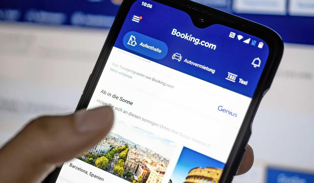 Boosheid over bonus voor top van coronasteunontvanger Booking.com