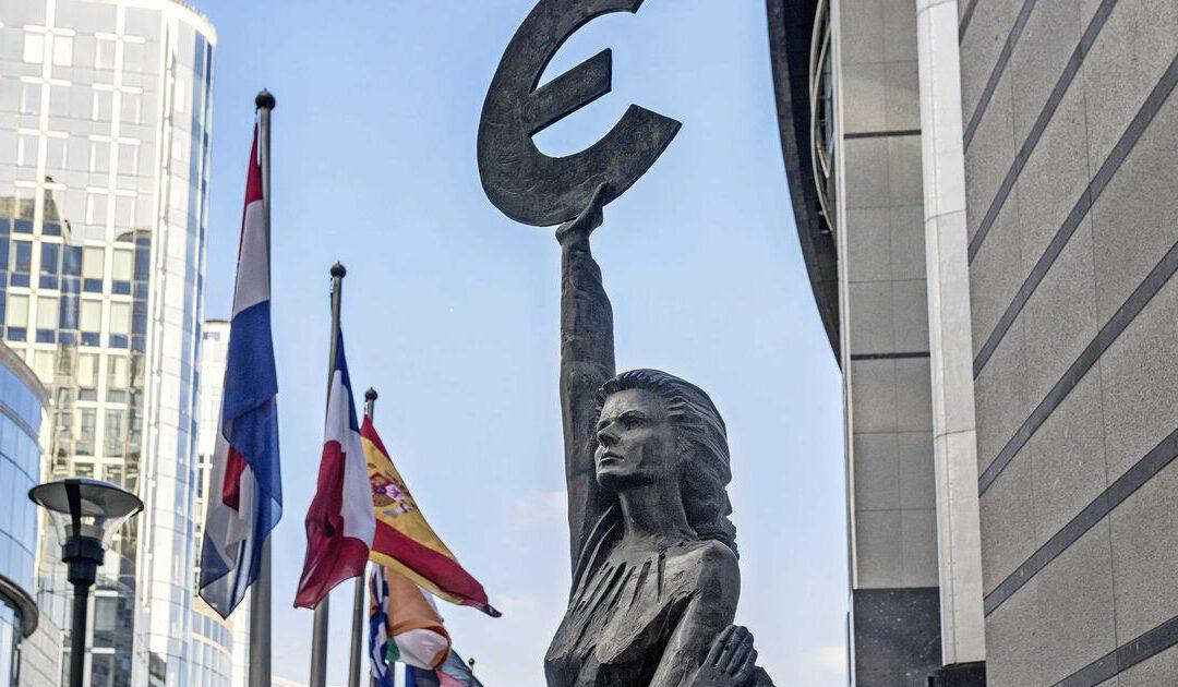 EU werkt aan openheid bij multinationals: billen bloot over aangiftebiljet