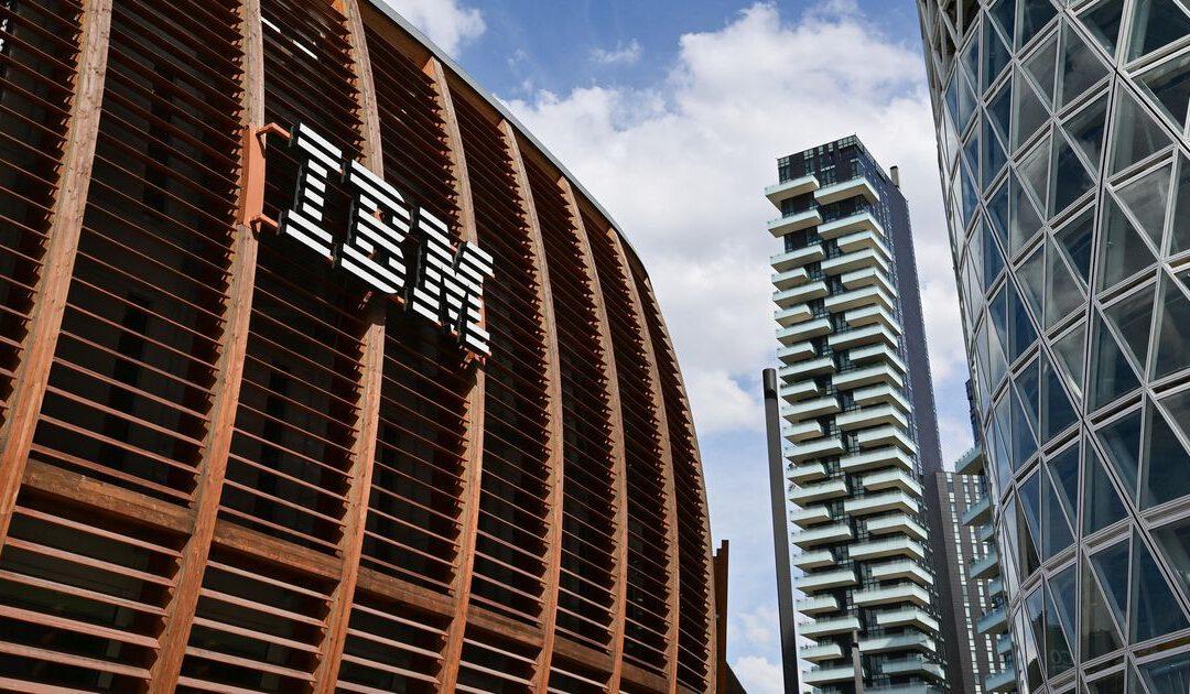 IBM verrast positief met omzet en winst