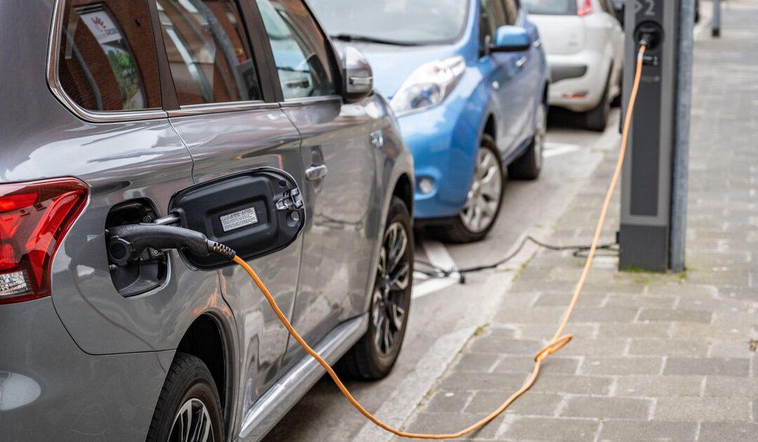 Brussel wil elektrisch rijden stimuleren door heffingen