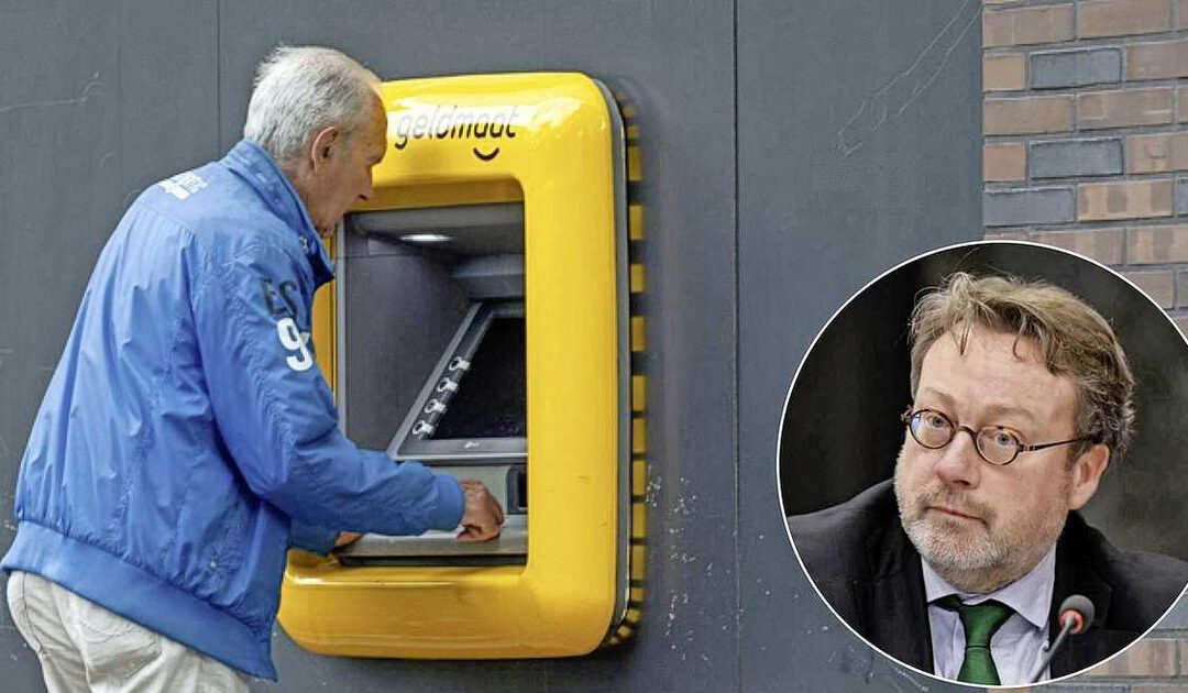 DNB-directeur: 'Sneeuwbaleffect dreigt met verdwijnen cash'