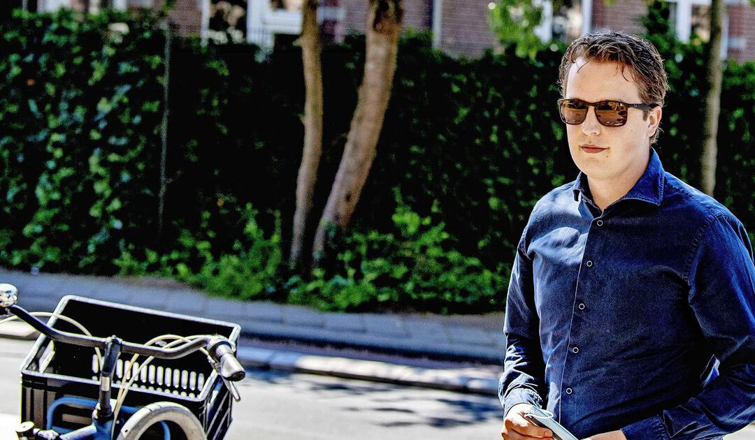 Vermogensbeheerder wijst Sywert van Lienden de deur na 'mondkapjesgate'